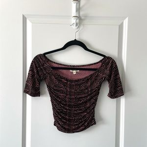 UO / SILENCE & NOISE / RUCHED CROP TOP